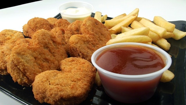 chicken-nuggets-246180_1280.jpg